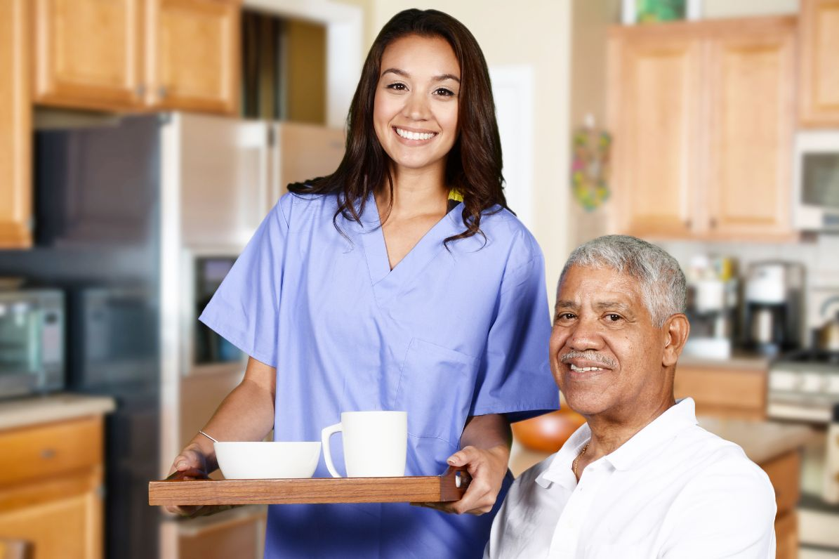 How to Choose a Home Care Aide for Your Parent