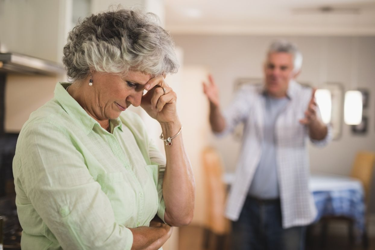 How to Defuse Anger in a Senior with Alzheimer's