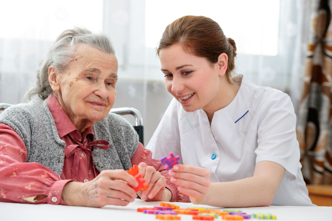 In-Home Care Services for Patients with Dementia